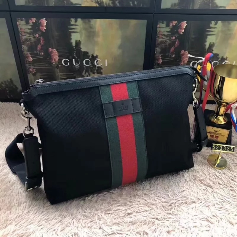 Discount Gucci GG Supreme Medium Men Messenger Bag Black