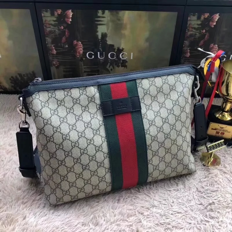 Discount Gucci GG Supreme Medium Men Messenger Bag