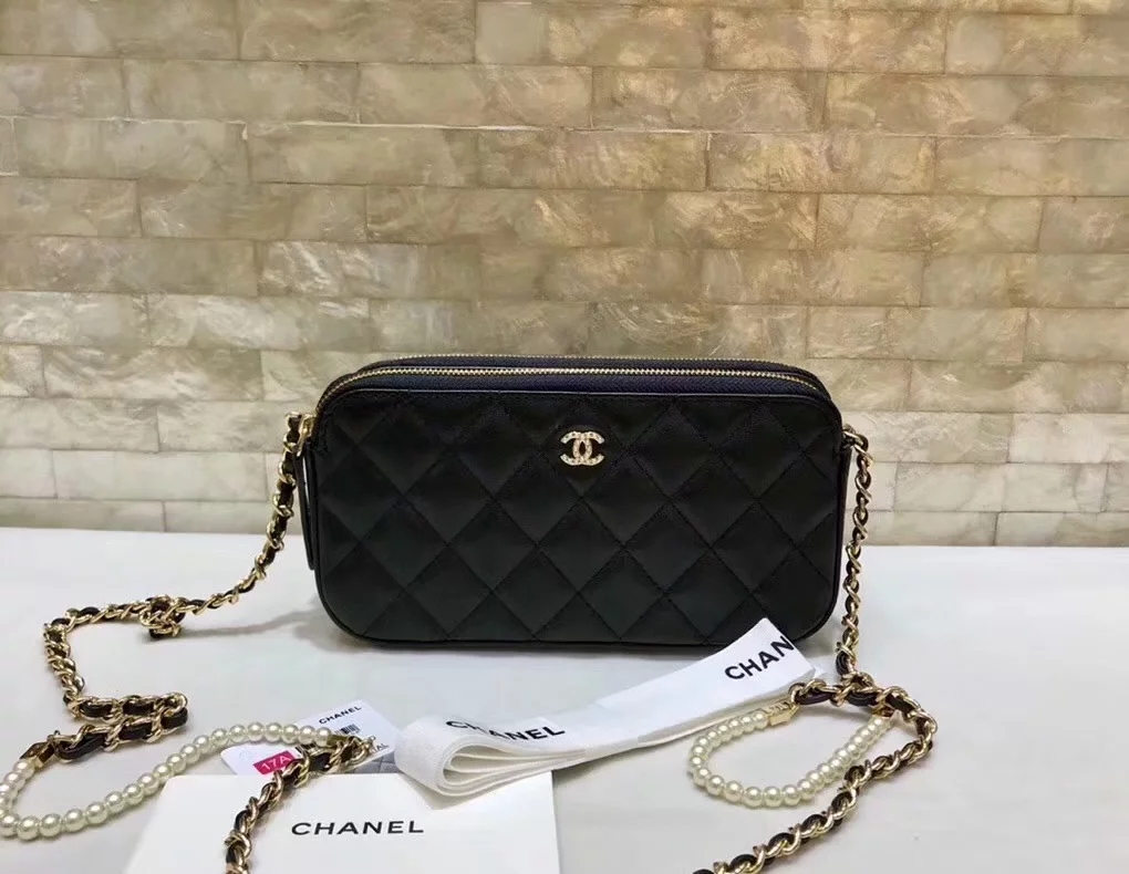 Original Copy Replica Chanel A84276 Women Clutch with Chain Black Metallic Lambskin Imitation Pearls and Gold-Tone Metal