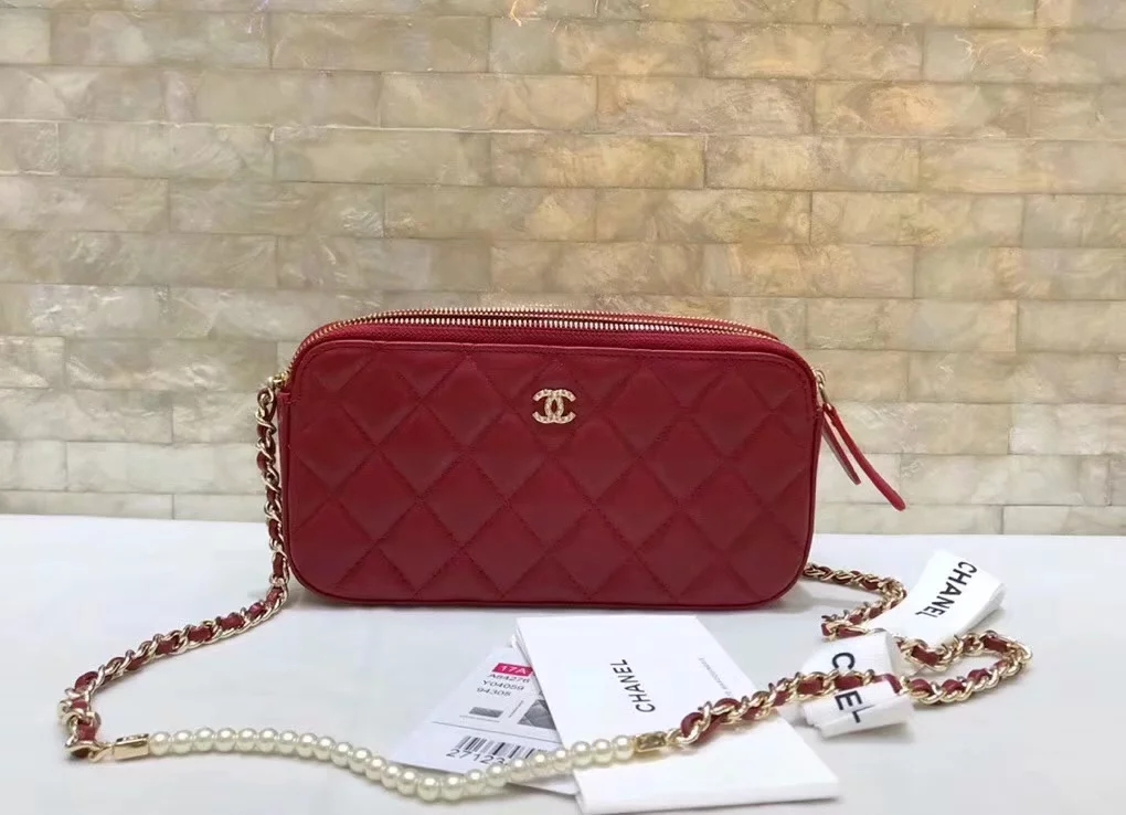 Original Copy Replica Chanel A84276 Women Clutch with Chain Red Metallic Lambskin Imitation Pearls and Gold-Tone Metal