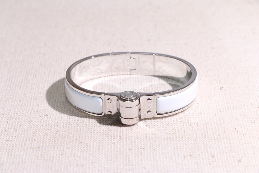 Replica Hermes Uni Hinged Clic Bracelet 002
