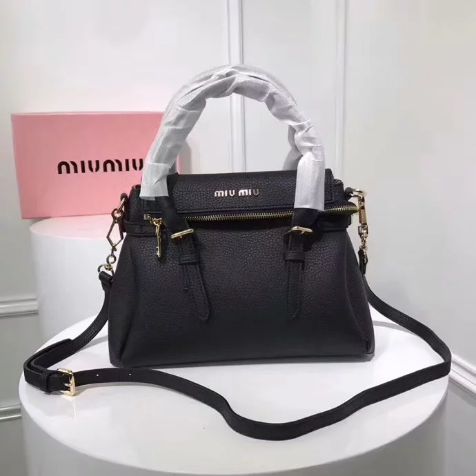 Top Quality MiuMiu 2370 Women Leather Handbag Black